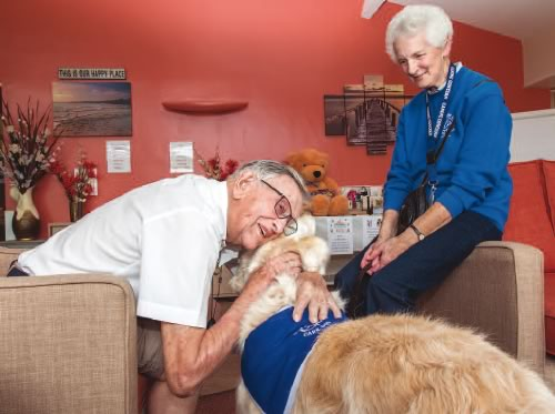 Canine Concern visit to care home